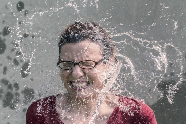 cold-person-woman-water