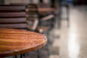 Adjektive Tisch